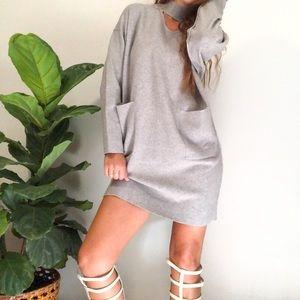 EASEL LOS ANGELES SWEATER DRESS